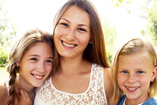 Mom2daughtersSpring